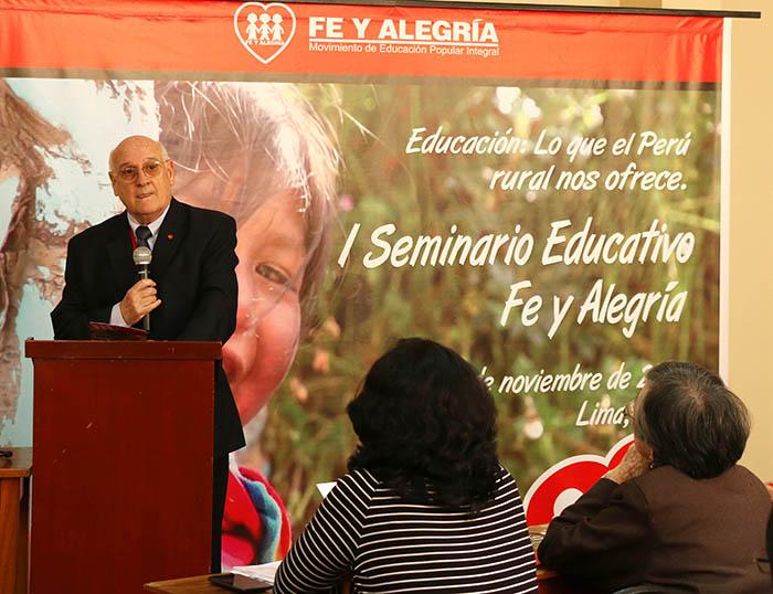 Buscando caminos para la integración de lo rural en la educación