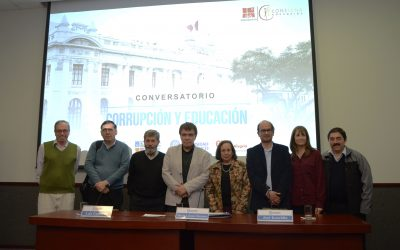 Consigna organiza con éxito Conversatorio que reflexiona sobre la corrupción en el Perú